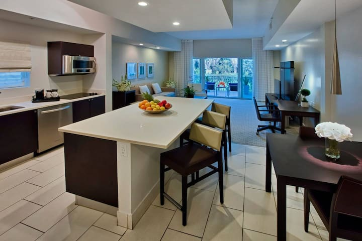 Provident Doral at the Blue, DLX One Bedroom King