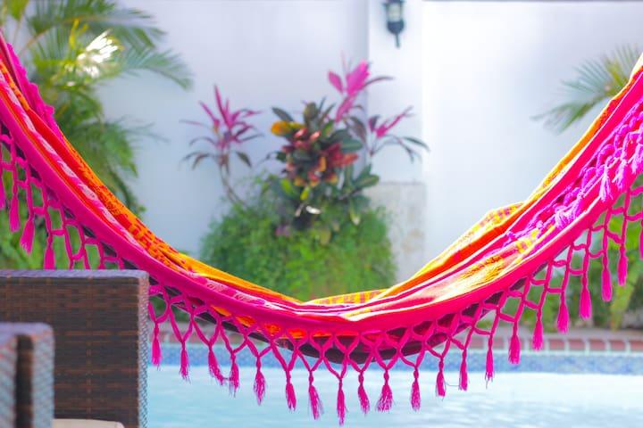 Signature's Dorado Relaxing Villa 4BD 3BA