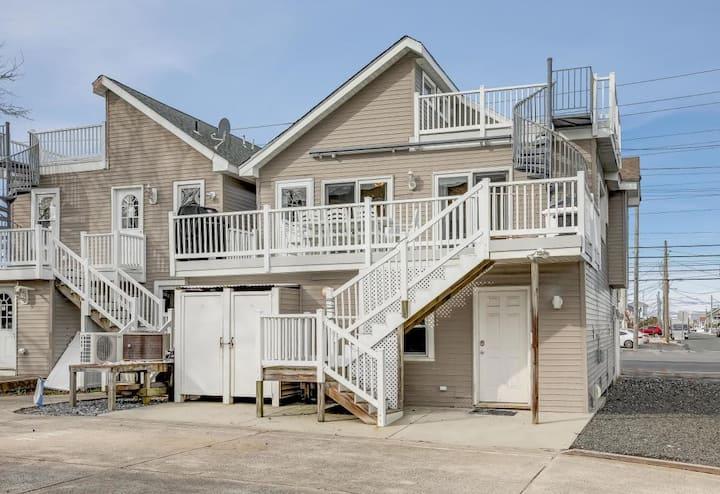 Oceanside 3 Bedroom, 2 Bath House in LBI