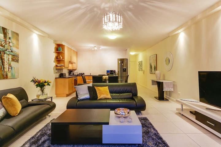 Beautiful apartment in the de waterkant