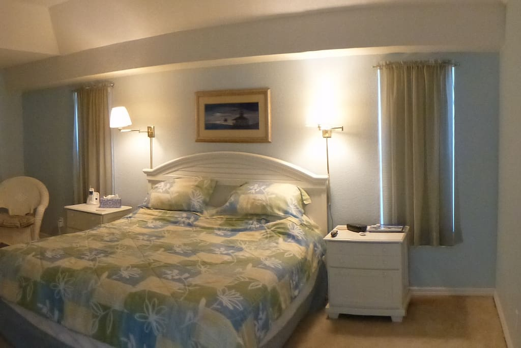King master suite with pool access.