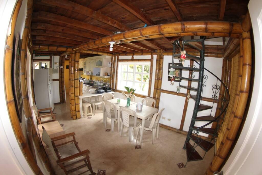 Cocina - Comedor. Kitchen - Dining Room
