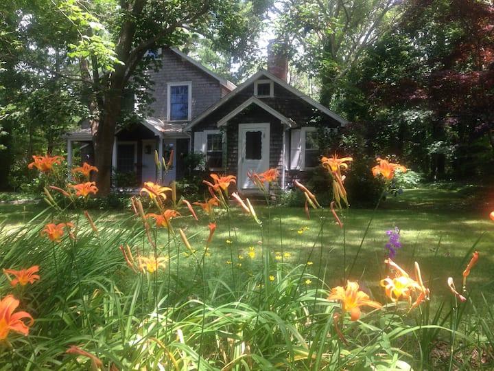 East Orleans friendly home near-the-sea