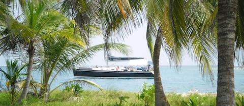 San Blas Yacht Sailing Experience