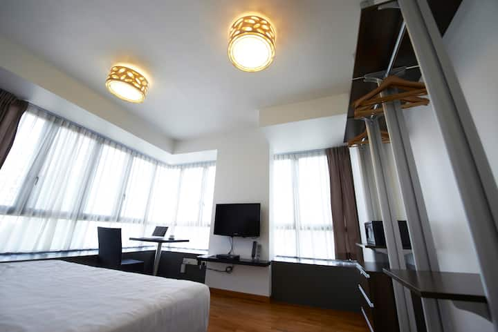 Chic3 - Serviced Apartment in the East