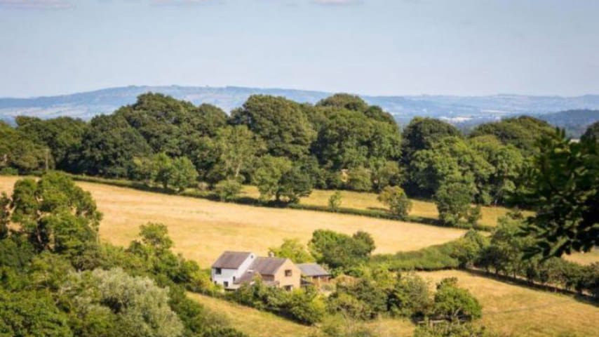 Charming annexe set in AONB, near Malvern
