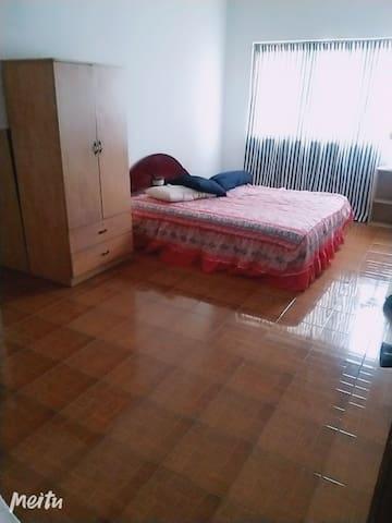 普通房。睡觉。