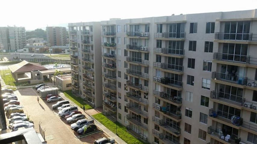APTO  AMOBLADO EN RICAURTE CUNDINAMARCA - Ricaurte - Apartment