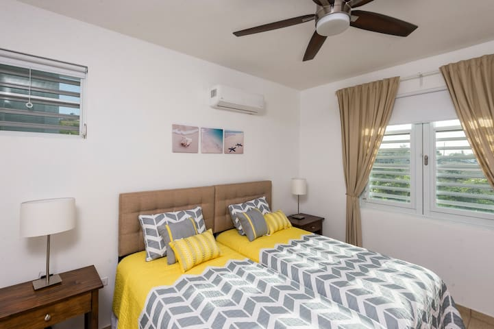 Second bedroom w/AC - two twins can be combined into king bed