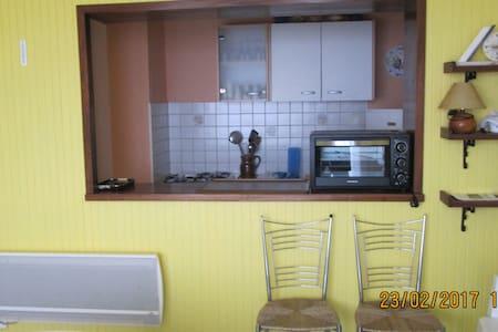 APPARTEMENT DE 25M² AVEC BALCON - La Faute-sur-Mer - Apartment
