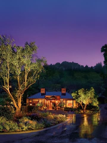 Calistoga Ranch - Meadow Spa Lodge
