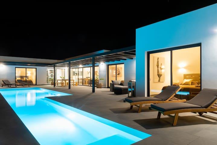Villa Alfa Lajares,piscina e giardini privati,wifi