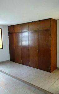 4 Habitaciones (2 personas x hab). - Toluca de Lerdo