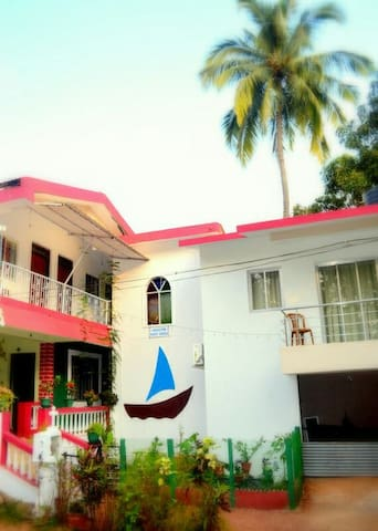 Furnished and Cozy Homestay in Bogmalo, Goa - Goa - Apartemen
