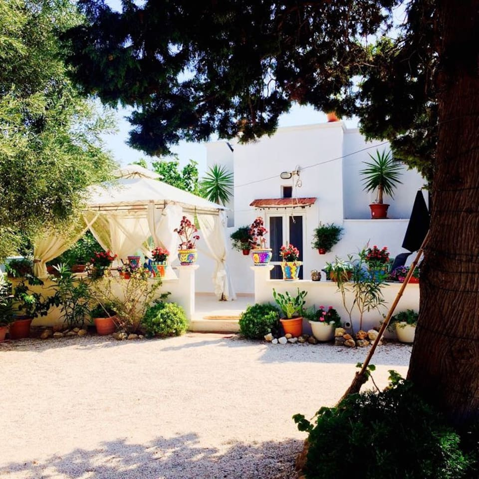 Romantic Trullo with panoramic sea views  a rustic hideaway