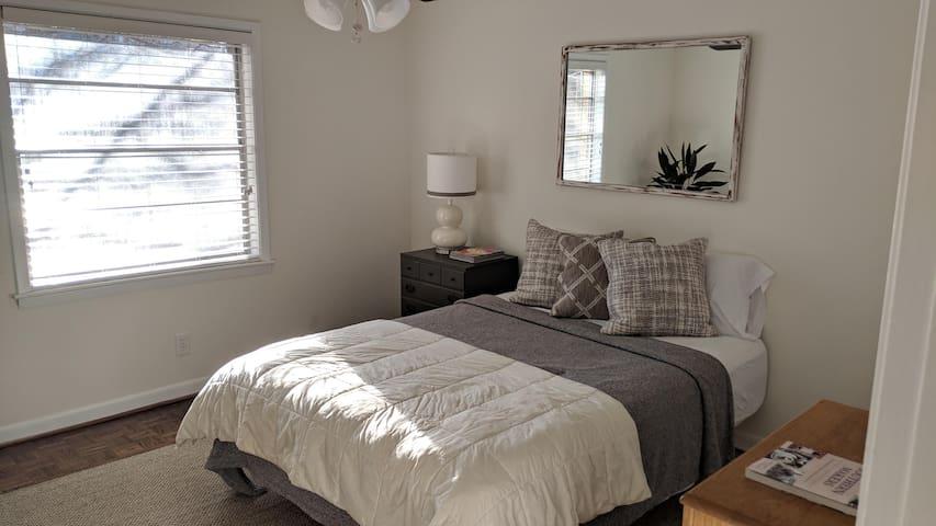 1 Bedroom - Spacious Shared Apt - Buckhead Atlanta