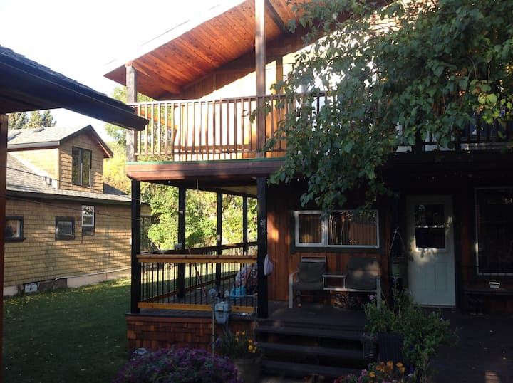 3 Bedroom Warm Mountain Home in Annex Area
