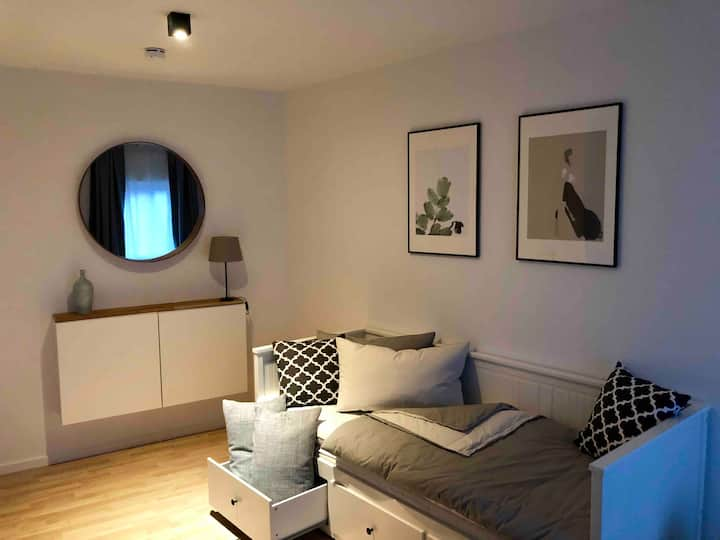 ★ Cosy Design Apartment in the Old City Centre ★