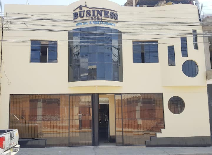 Hostal y Restaurante Business Rosh