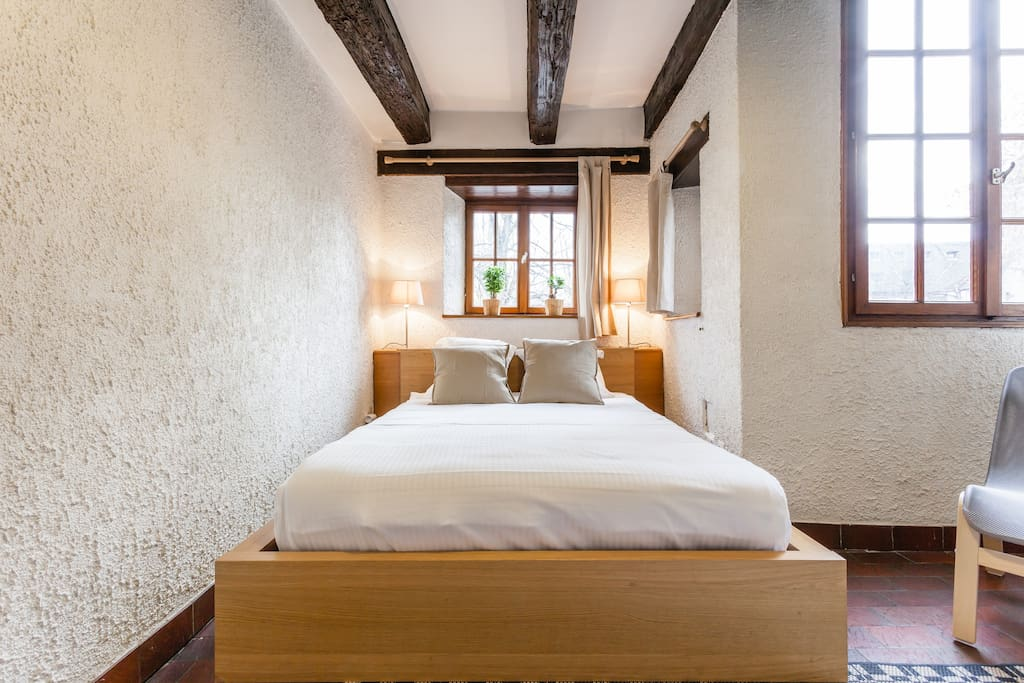 Coin chambre / room area