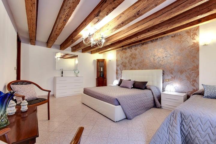 Ca' Serenissima : 3 bedrooms/3 bathrooms-Castello