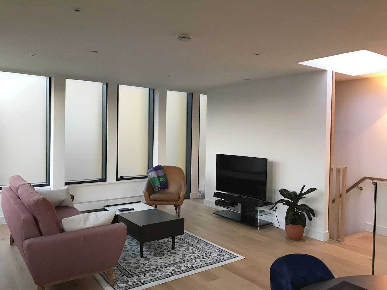 A generously sized home 15min walk from Tower Bridge