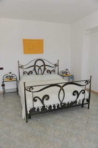 Camera quadrupla con vista sul mare - Sassari - Bed & Breakfast