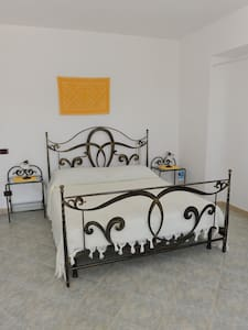 Camera quadrupla con vista sul mare - Sassari - Bed & Breakfast