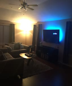 Get Your Last Min Super Bowl Stay - Missouri City