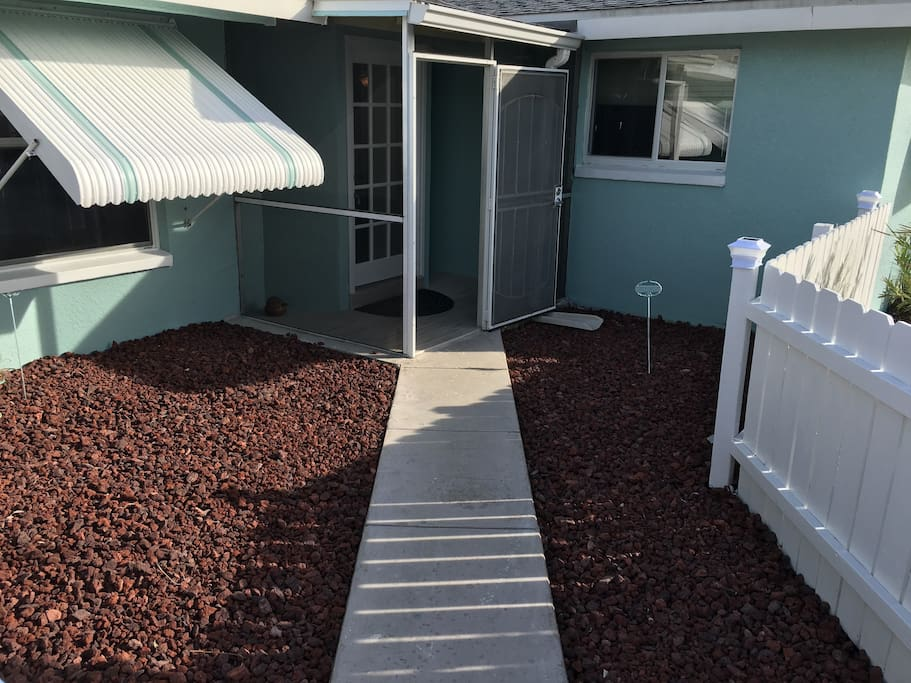 Front entrance with lanai