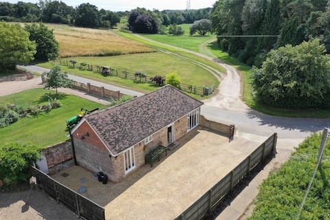 The Stables, Pettistree