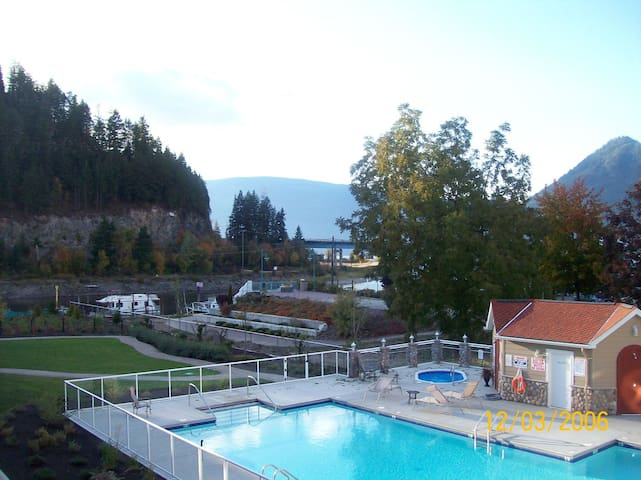 Newer Condo on the channel in Sicamous.