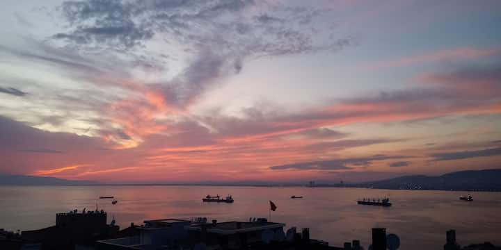 magnificent sea views Üçyol / konak rented room