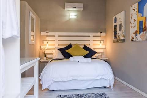 Meraki Upmarket Guesthouse - Caleb