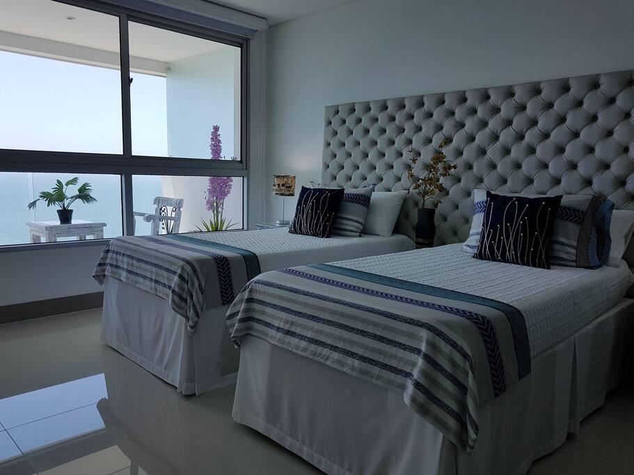 camas individuales con nicho