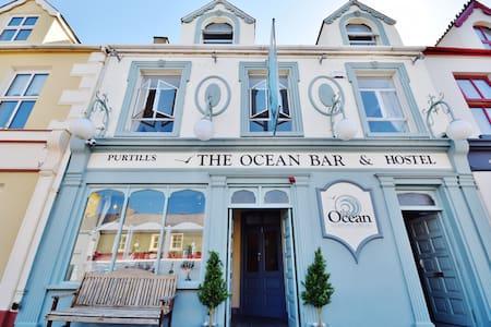 Ocean Bar & Hostel - Ballybunnion