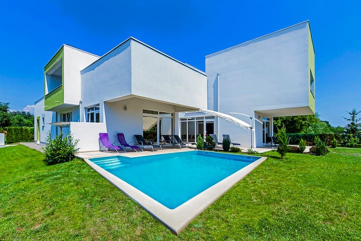 Modern 4BR  villa - indoor and outdoor pool - Žminj - Villa
