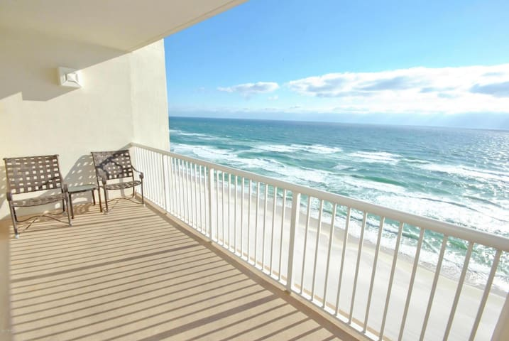 Beachfront Condo, Ocean View, Quiet unit, Resort - Panama City Beach - Selveierleilighet