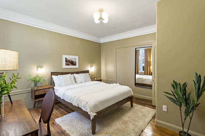 Oversized Furnished Room for Rent in NoPa!