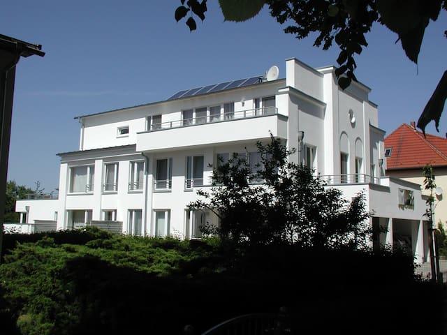 großzügige 3-Zimmerwohnung mit Balkon und Terrasse - Rerik - Apartment