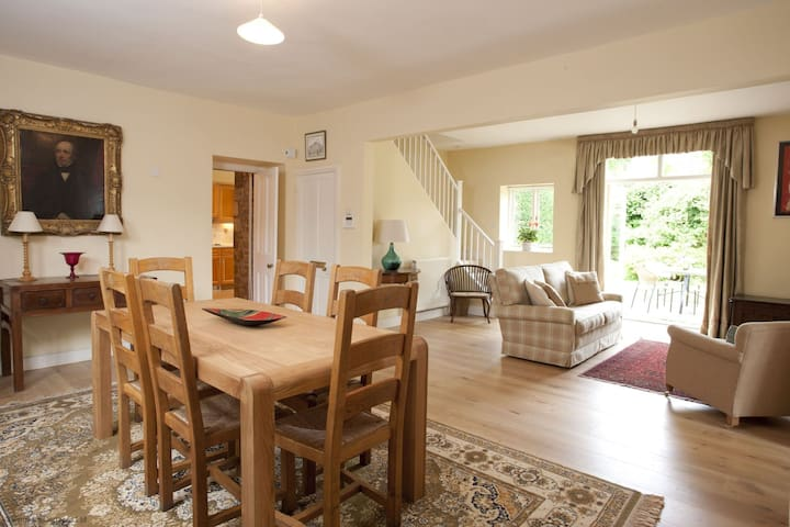 Lodge Cottage - Kingham - Casa