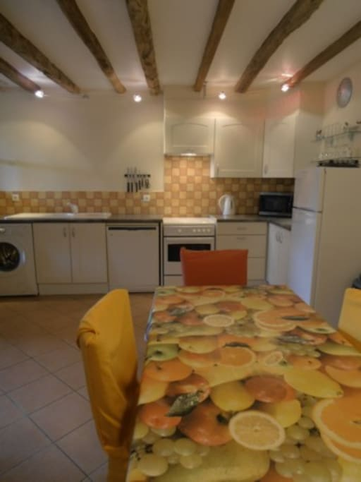 Well equipped kitchen/diner