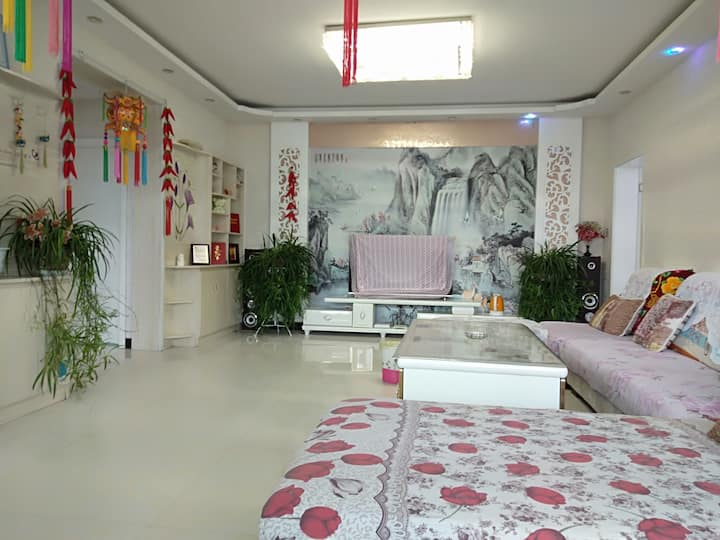 福田家庭宾馆。