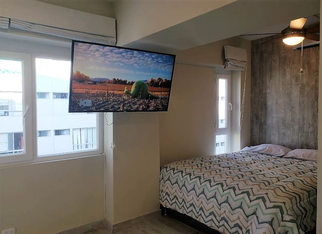 Studio Apartment / Miraflores Central Park