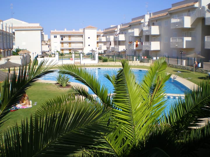 Apartment with 2 bedrooms in Águilas, with wonderful mountain view, shared pool and enclosed garden