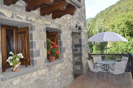 Una casa con vistas en Urdués (Pirineo Aragonés)