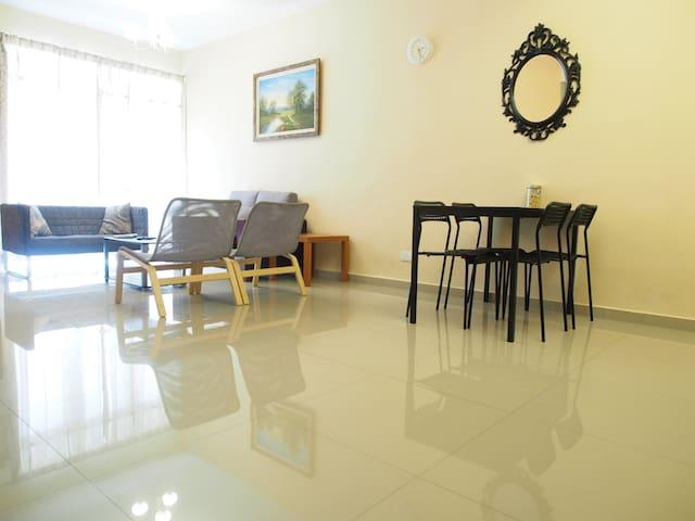 Bayu Abode - Comfort of Home