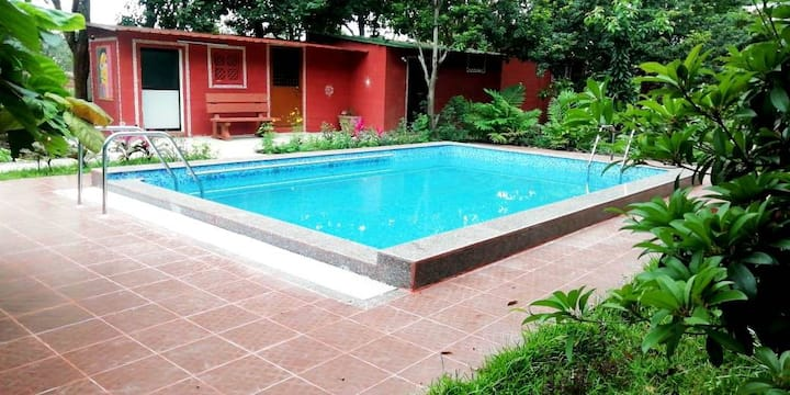 Thavare Thota - Farmstay with pool
