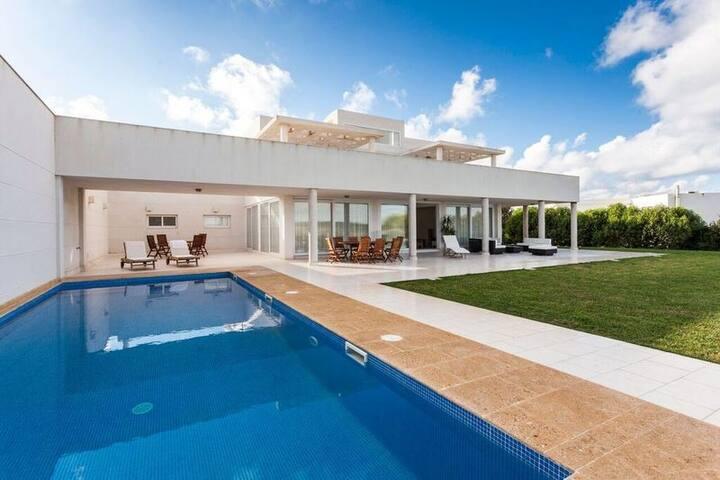 Luxury villa in Menorca - private pool 10 people - Binibequer - Villa