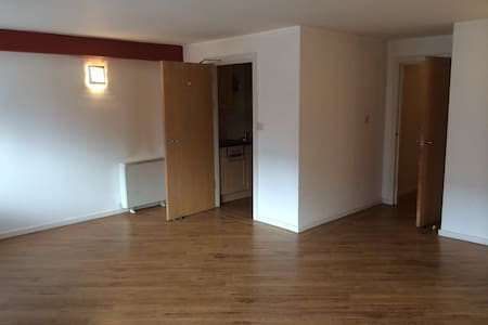 2 bedroom apartment 2 bathroom